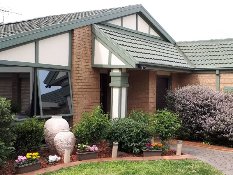 Housesitting assignment in Taylors Lakes, Victoria, Australia