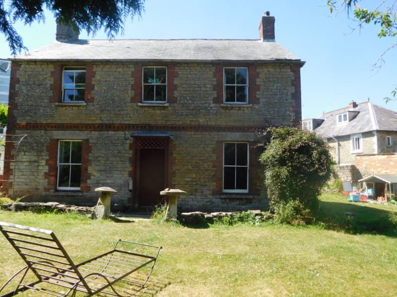 Housesitting assignment in Malmesbury, United Kingdom
