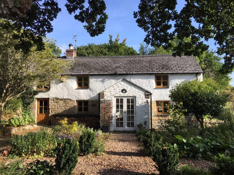 Housesitting assignment in Helston, United Kingdom