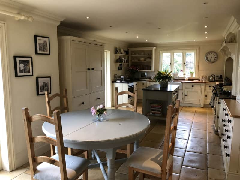 Housesitting assignment in Itchen Abbas, United Kingdom