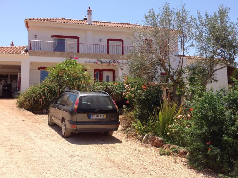 Housesitting assignment in Guia, Portugal