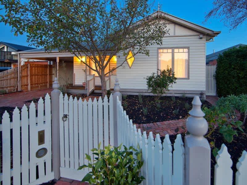 Housesitting assignment in Edithvale, Victoria, Australia