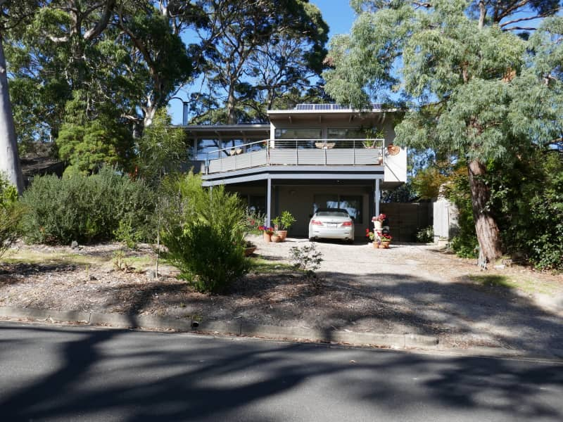 Housesitting assignment in Lorne, Victoria, Australia