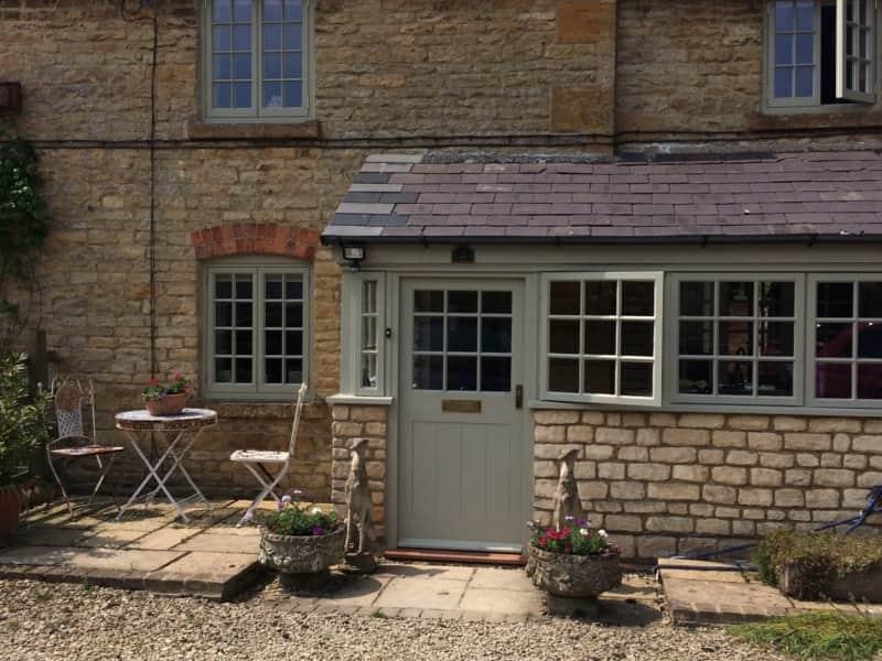 Housesitting assignment in Moreton in Marsh, United Kingdom