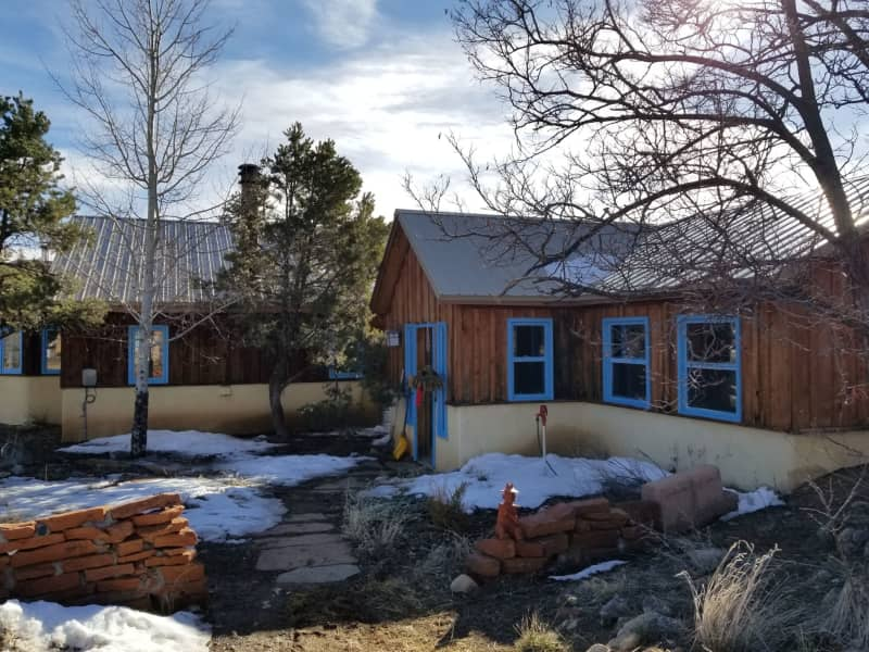 Housesitting assignment in San Cristobal, New Mexico, United States