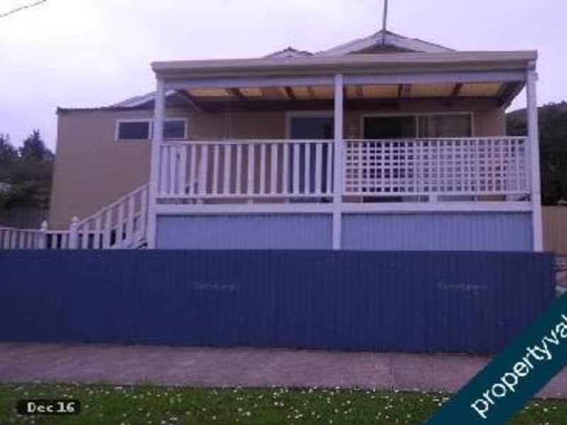 Housesitting assignment in Queenstown, Tasmania, Australia