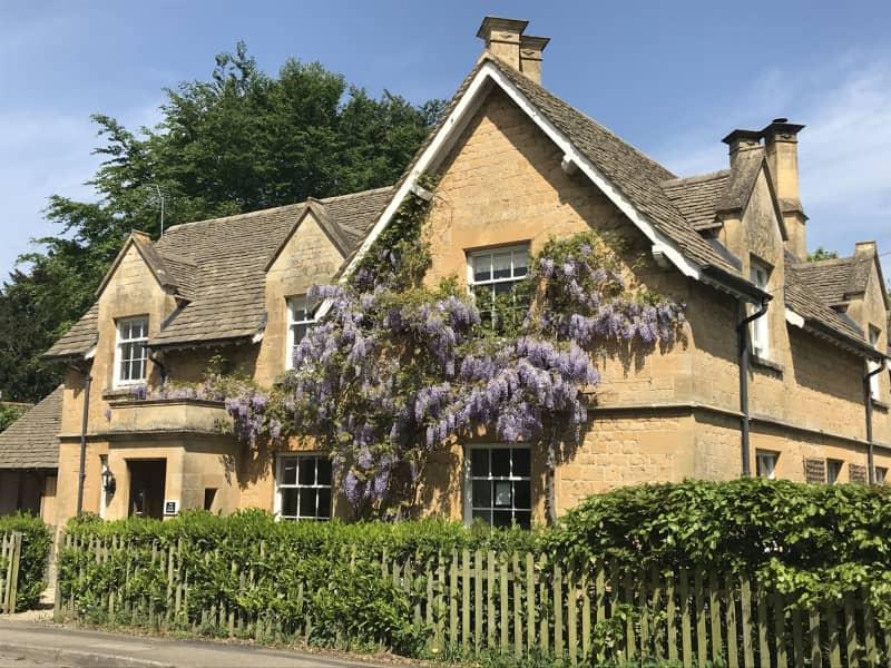 Housesitting assignment in Dumbleton, United Kingdom