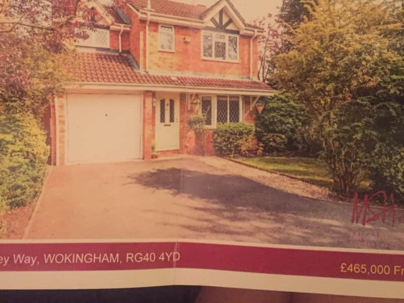 Housesitting assignment in Finchampstead, United Kingdom