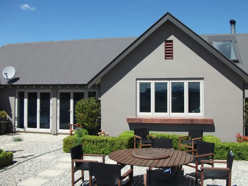 Housesitting assignment in Wanaka, New Zealand