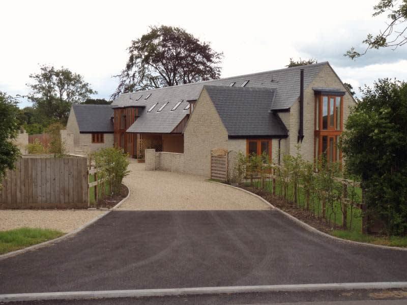 Housesitting assignment in Bourton, United Kingdom
