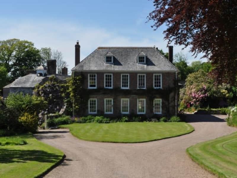 Housesitting assignment in Saltash, United Kingdom