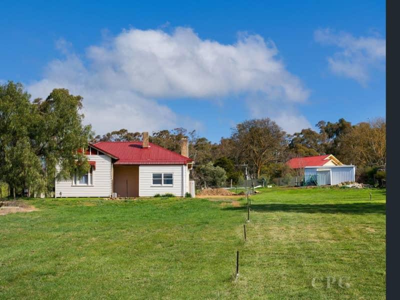 Housesitting assignment in Campbells Creek, Victoria, Australia