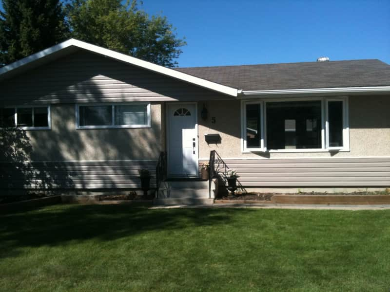 Housesitting assignment in Red Deer, Alberta, Canada