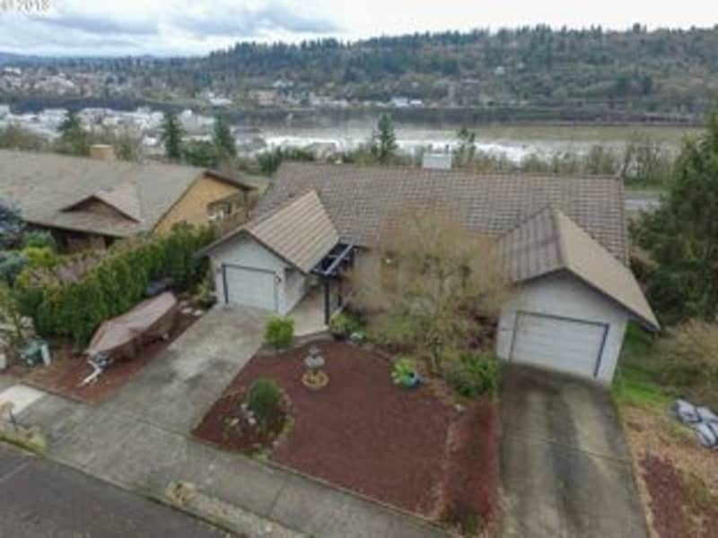 Housesitting assignment in West Linn, Oregon, United States