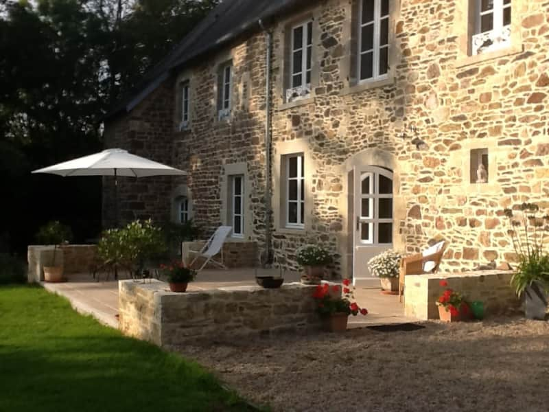 Housesitting assignment in Bricquebec, France