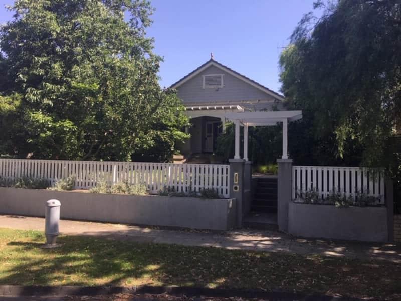 Housesitting assignment in Surrey Hills, Victoria, Australia