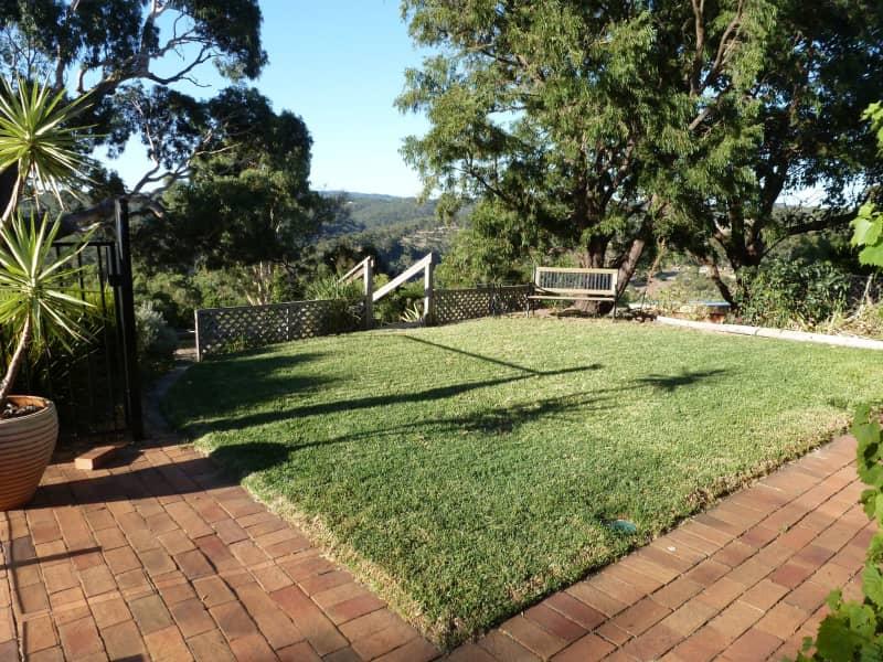 Housesitting assignment in Cherry Gardens, South Australia, Australia