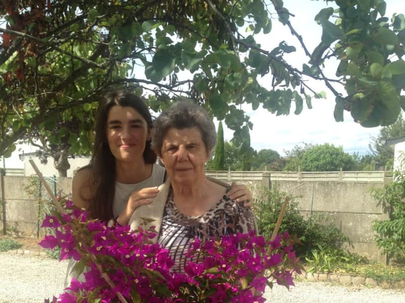 Evelyne from Vannes, France