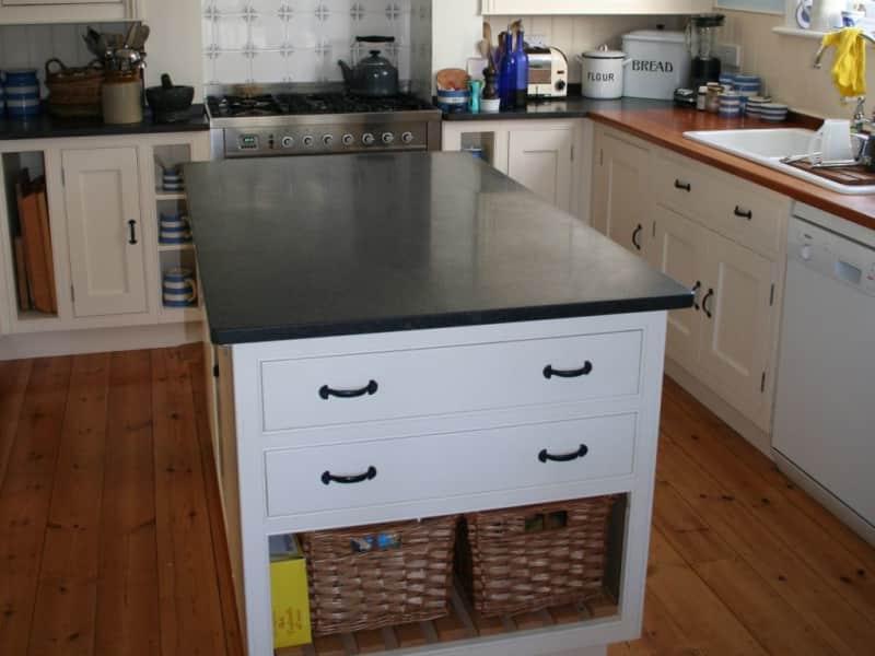 Housesitting assignment in Lymington, United Kingdom