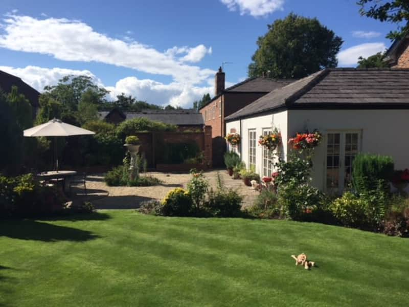 Housesitting assignment in Stockton Heath, United Kingdom