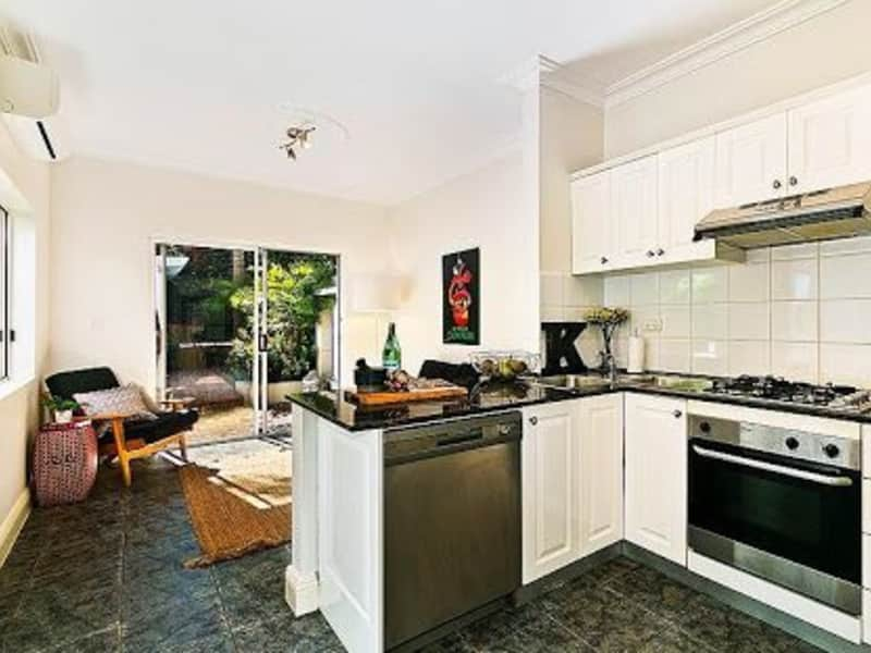 Housesitting assignment in Alexandria, New South Wales, Australia