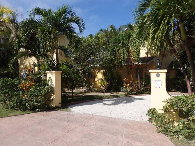 Housesitting assignment in Nassau, Bahamas