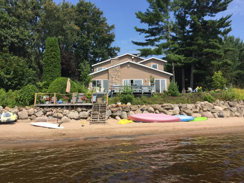 Housesitting assignment in Pembroke, Ontario, Canada