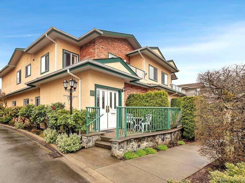 Housesitting assignment in Sidney, British Columbia, Canada