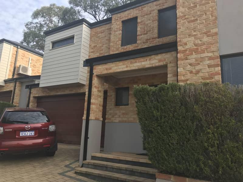 Housesitting assignment in Scarborough, Western Australia, Australia