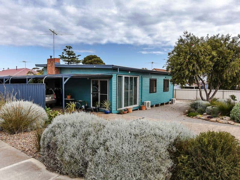Housesitting assignment in Christies Beach, South Australia, Australia