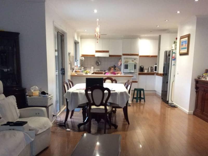 Housesitting assignment in Cranbourne North, Victoria, Australia
