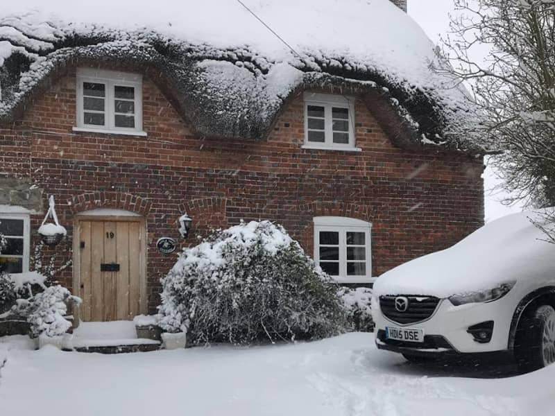 Housesitting assignment in Winterbourne Bassett, United Kingdom