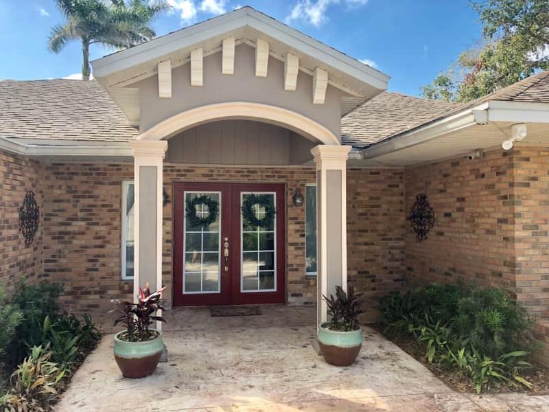 Housesitting assignment in Alva, Florida, United States