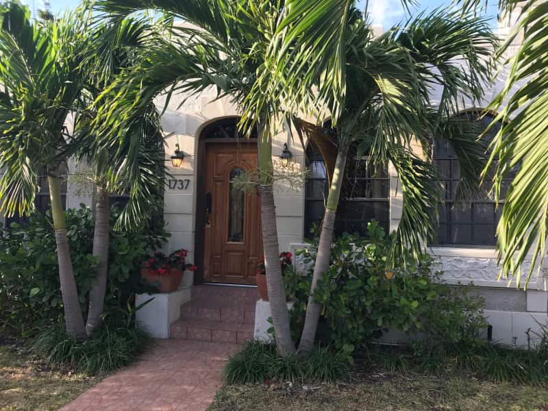 Housesitting assignment in Miami, Florida, United States