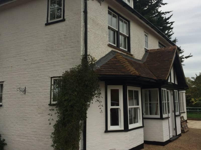 Housesitting assignment in Horsham, United Kingdom