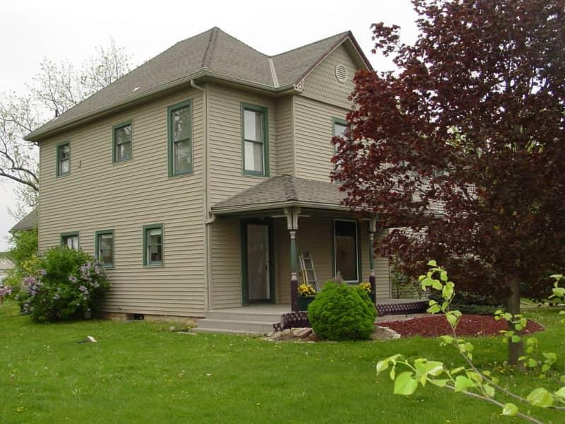 Housesitting assignment in Raymore, Missouri, United States