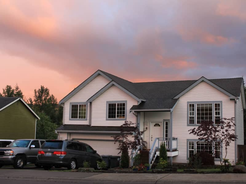 Housesitting assignment in Eatonville, Washington, United States