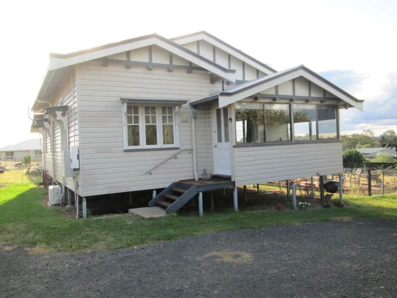 Housesitting assignment in Meringandan, Queensland, Australia
