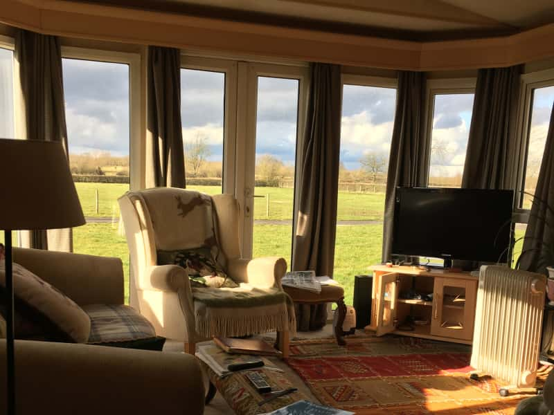 Housesitting assignment in Minety, United Kingdom