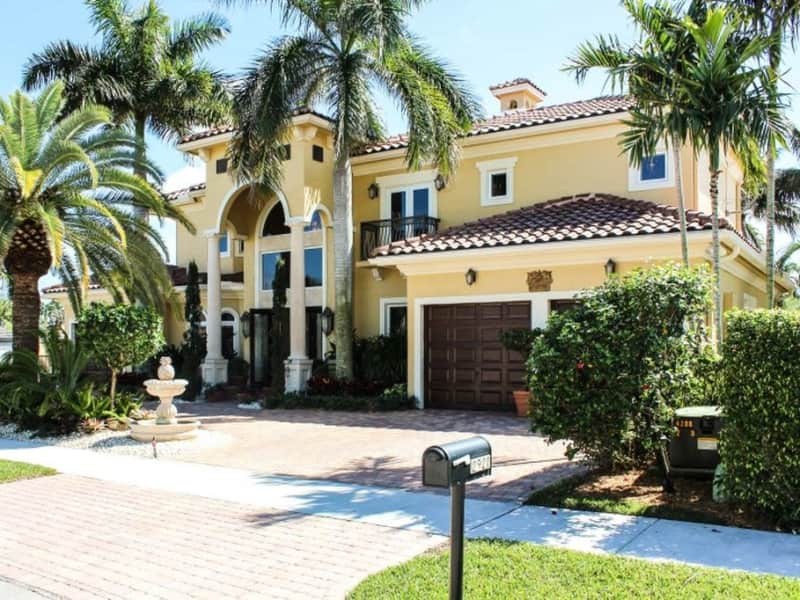 Housesitting assignment in Lighthouse Point, Florida, United States
