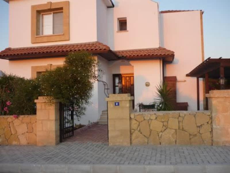 Housesitting assignment in Girne Kepuveia, Cyprus