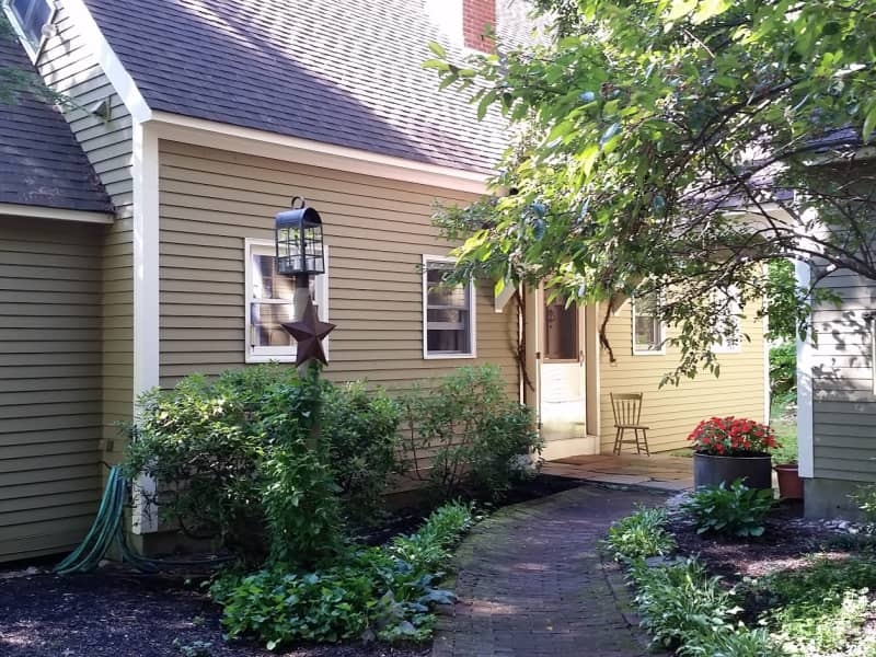 Housesitting assignment in Conway, New Hampshire, United States