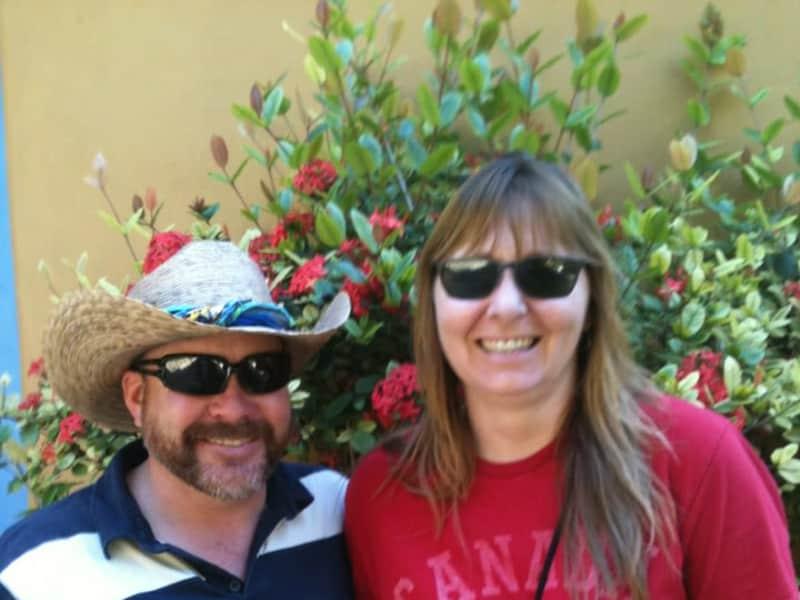 Michele & Kelly from Caroline, Alberta, Canada