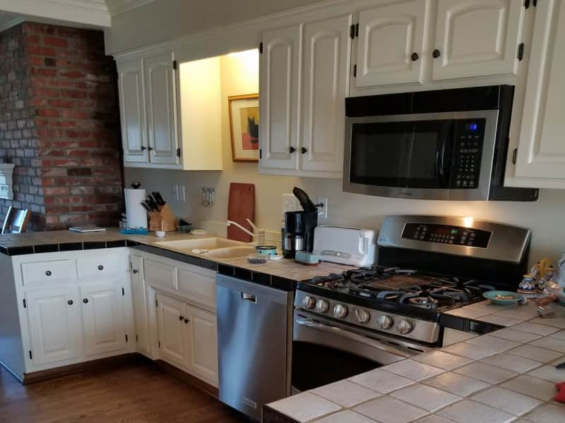 Housesitting assignment in Lawrence, Kansas, United States