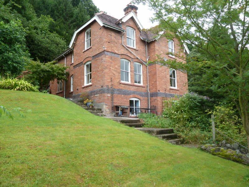 Housesitting assignment in Llangollen, United Kingdom