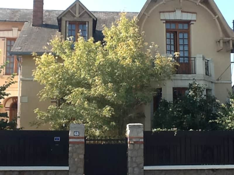 Housesitting assignment in Thouars, France