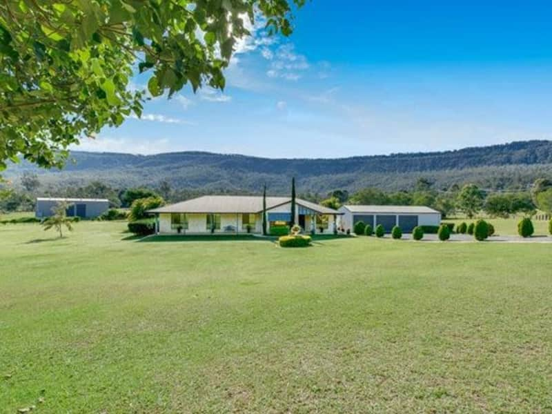 Housesitting assignment in Boyland, Queensland, Australia