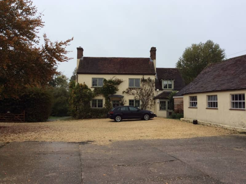 Housesitting assignment in Silchester, United Kingdom