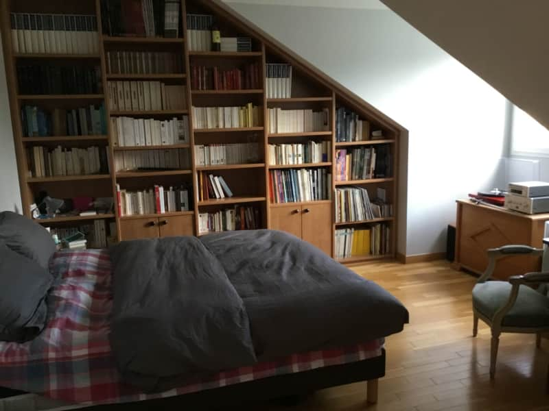 Housesitting assignment in Garches, France
