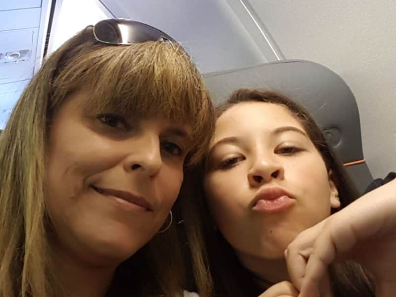 Larissa cristine from Curitiba, Brazil